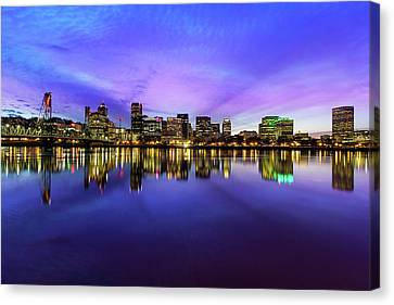 Pink And Blue Hue Evening Sky Over Portland Oregon Canvas Print by David Gn