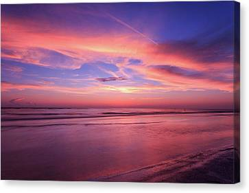 Pink Sky And Ocean Canvas Print