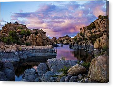 Pink Clouds Over The Dells Canvas Print by Robert Minkler