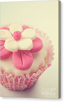 Canvas Print featuring the photograph Pink Cupcake by Lyn Randle