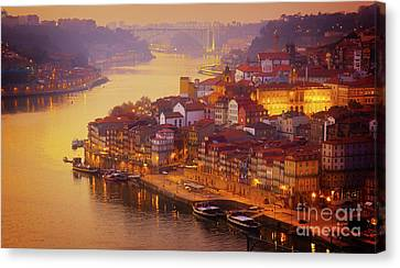 Pink Sunset In Porto Canvas Print