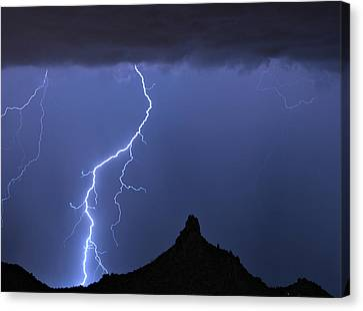 Pinnacle Peak Lightning  Canvas Print by James BO  Insogna