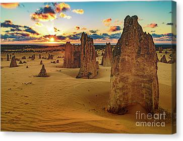Pinnacles 8 Canvas Print