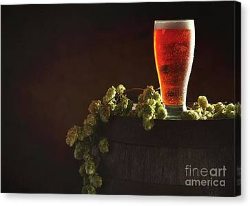Pint Of Beer On Keg Canvas Print by Amanda Elwell