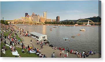 Pittsburgh 4th  Canvas Print by Emmanuel Panagiotakis