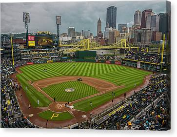 Pittsburgh Pirates Pnc Park 5569 Canvas Print by David Haskett