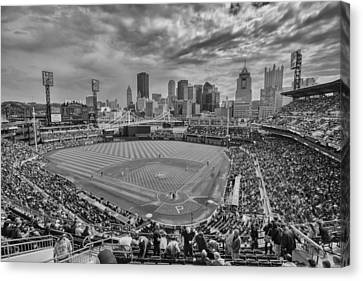 Pittsburgh Pirates Pnc Park Bw X1 Canvas Print by David Haskett