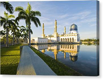 Canvas Print featuring the photograph Place Of Worship by Ng Hock How
