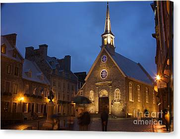 Place Royale And Notre-dame-des-victoires Church Canvas Print by Hideaki Sakurai