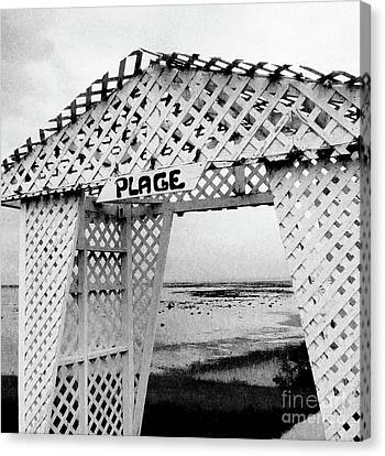 Plage Canvas Print by Adriana Zoon