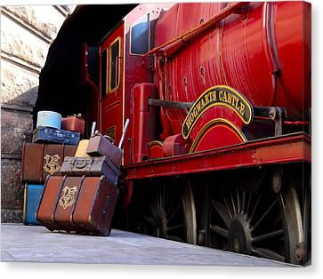 Platform Nine And Three Quarters Canvas Print by Julia Wilcox
