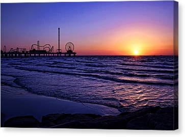 Pleasure Pier Sunrise Canvas Print