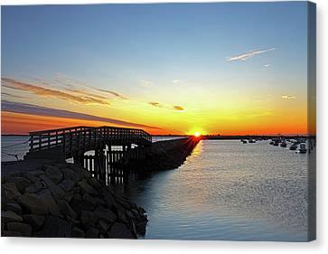 Canvas Print featuring the photograph Plymouth Harbor And Jetty Sunrise View by Juergen Roth