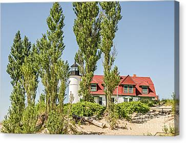 Canvas Print featuring the photograph Point Betsie Lighthouse by Sue Smith