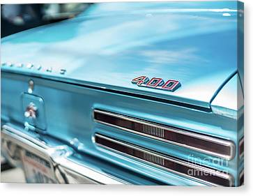 Pontiac Firebird 400 Closeup Canvas Print