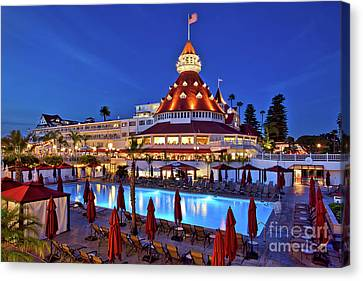 Poolside At The Hotel Del Coronado  Canvas Print by Sam Antonio Photography