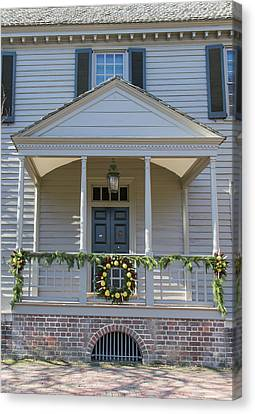 Carter House Canvas Print - Porch Decor At The Robert King Carter House by Teresa Mucha