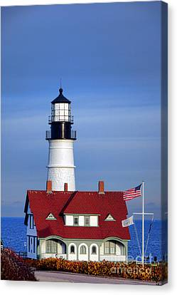 Portland Head Light And Keeper House Canvas Print by Olivier Le Queinec