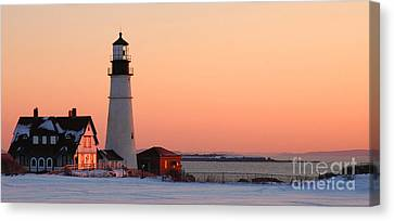 Portland Head Light At Dawn - Lighthouse Seascape Landscape Rocky Coast Maine Canvas Print