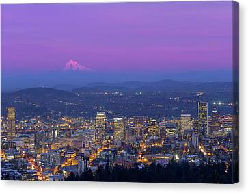Portland Oregon Cityscape At Dusk Canvas Print