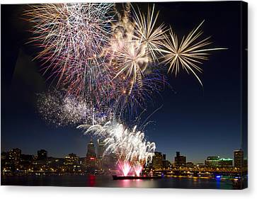 Portland Oregon Fireworks Canvas Print by David Gn