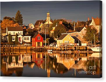Portsmouth Reflections Canvas Print by Susan Cole Kelly