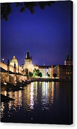 Prague 19 Canvas Print by James Bond
