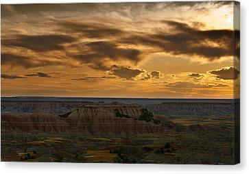 Prairie Wind Overlook Badlands South Dakota Canvas Print by Steve Gadomski