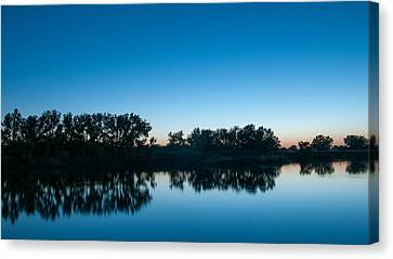 Canvas Print featuring the photograph Predawn At Arapaho Bend by Monte Stevens
