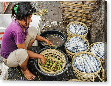 Preparing Pindang Tongkol Canvas Print by Werner Padarin