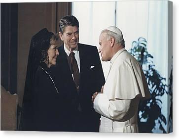 President And Nancy Reagan Meeting Canvas Print