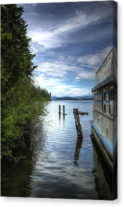 Priest Lake Houseboat 7001 Canvas Print by Jerry Sodorff