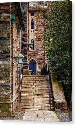 Princeton University Dorms Canvas Print by Susan Candelario