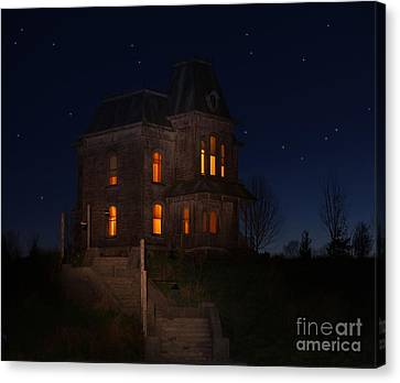 Psycho House-bates Motel Canvas Print by Jim  Hatch