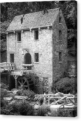 Pughs Mill - North Little Rock Arkansas - Black And White Canvas Print by Gregory Ballos