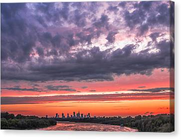 Purple And Red Sky Over Warsaw And Vistula River Canvas Print by Julis Simo