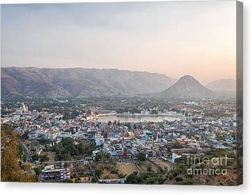 Canvas Print featuring the photograph Pushkar by Yew Kwang