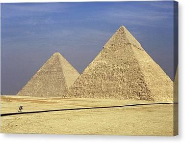 Pyramids At Giza Canvas Print by Mark Greenberg