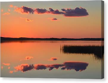 Quansoo Relections Canvas Print