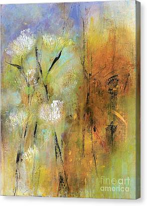 Canvas Print - Queen Anns Lace by Frances Marino