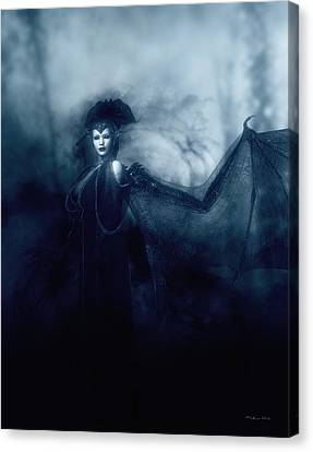 Queen Of Shadows Canvas Print by Melissa Krauss
