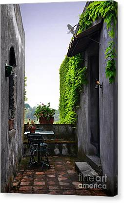 Quiet Place In Catania Canvas Print by RicardMN Photography