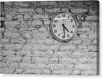 Quitting Time At The Taliban Last Stand Canvas Print by Steven Green