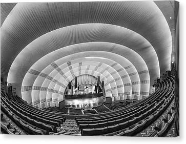 Radio City Music Hall Bw Canvas Print by Susan Candelario
