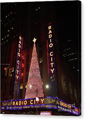 Radio City Music Hall During The Holidays Canvas Print by John Telfer
