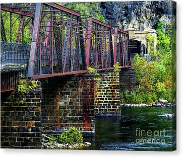 Rail Road Bridge Over The Potomac River At Harpers Ferry, Wv Canvas Print by Elijah Knight