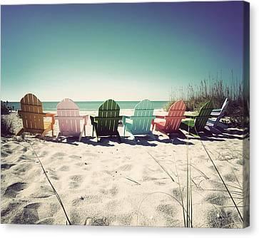 Rainbow Beach-vintage Canvas Print by Chris Andruskiewicz