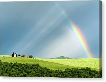 Rainbow Rays Canvas Print