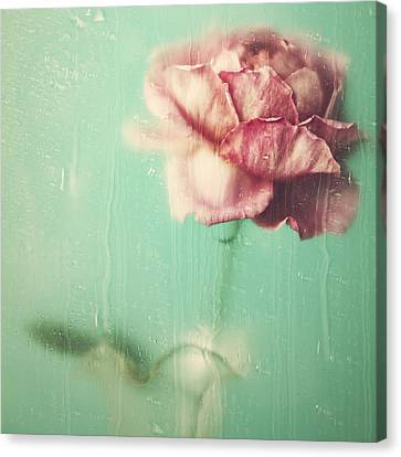 Canvas Print - Rainy Day Romance by Amy Weiss