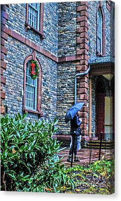 Canvas Print featuring the photograph Rainy Sunday by Sandy Moulder